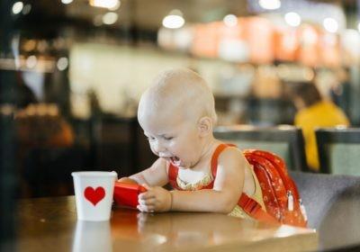 dziecko a smartfon