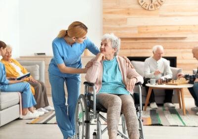 opieka senioralna